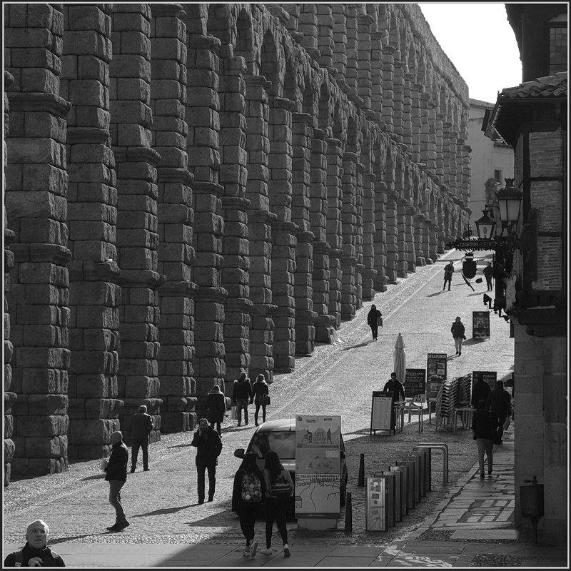 Сеговия. Римский акведук. - Николай Панов