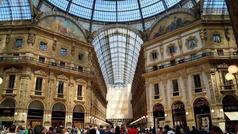 Галерея в Милане - Илья Бурцев
