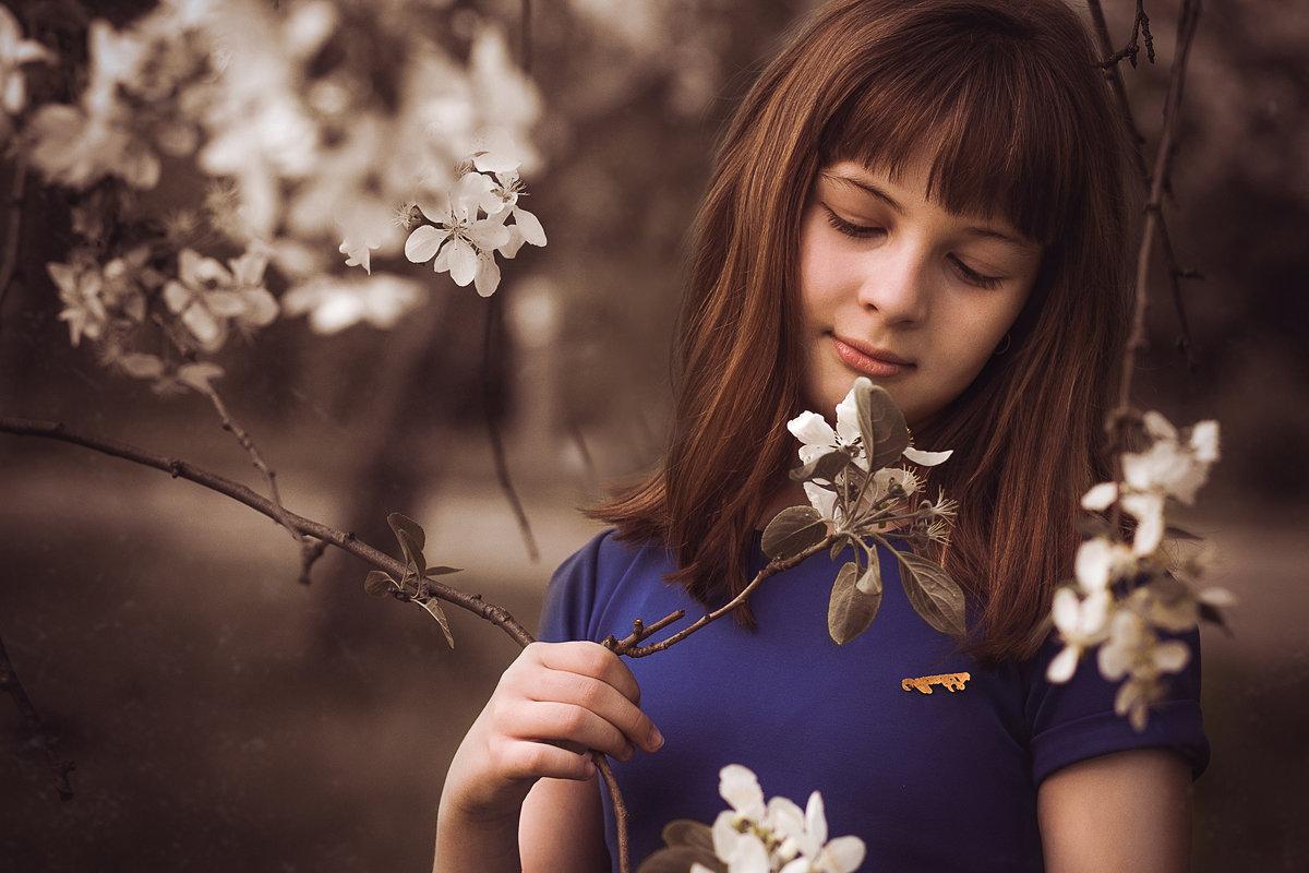 нежные ноты яблоневого цветения - Евгения Рузанова