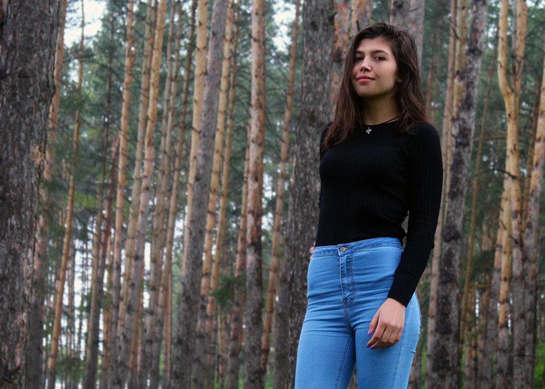 В лесу дышится легче, жить хочется. - Diana Meow