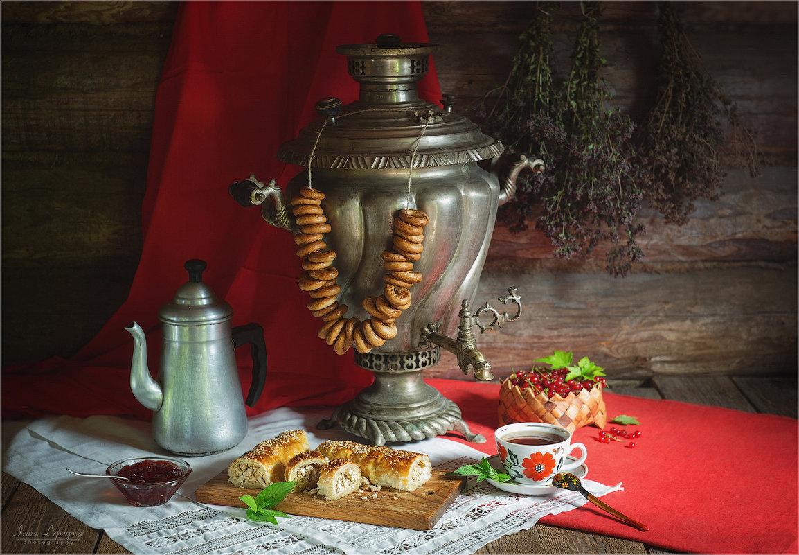 Чаепитие с самоваром и выпечкой - Ирина Лепнёва