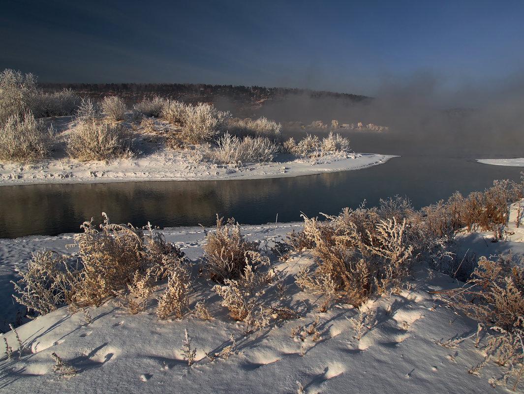 В декабре протока... - Александр Попов