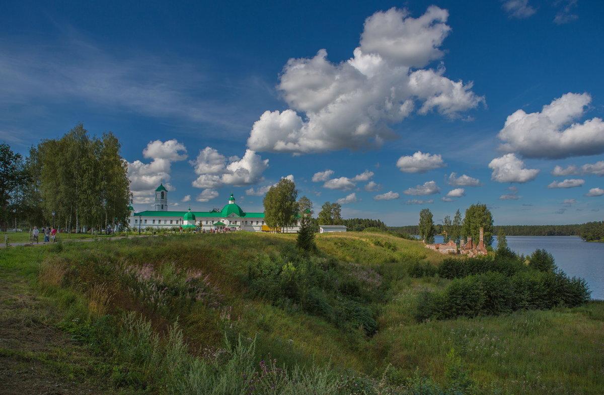 Путешествие из Петербурга в Москву. Карелия.река Свирский монастырь. - юрий макаров