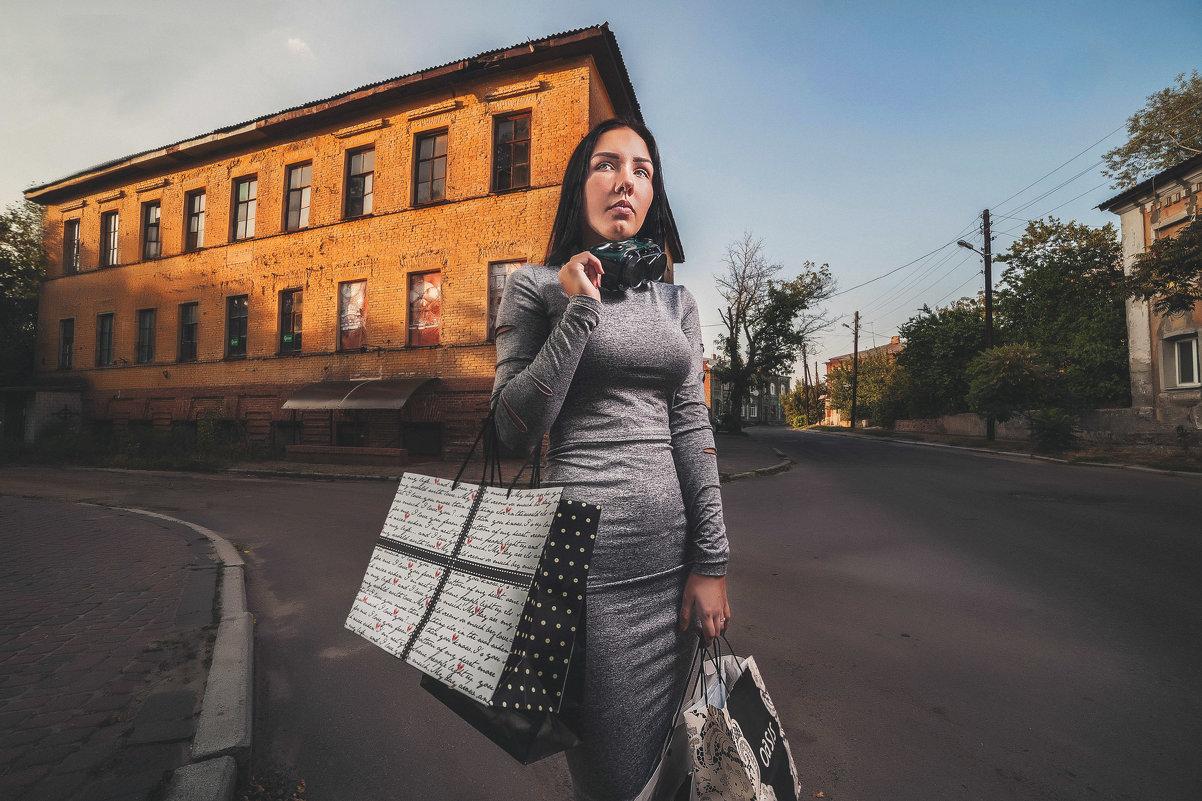 Харьков. Площадь Фейербаха - Кристина - Андрей Колуканов