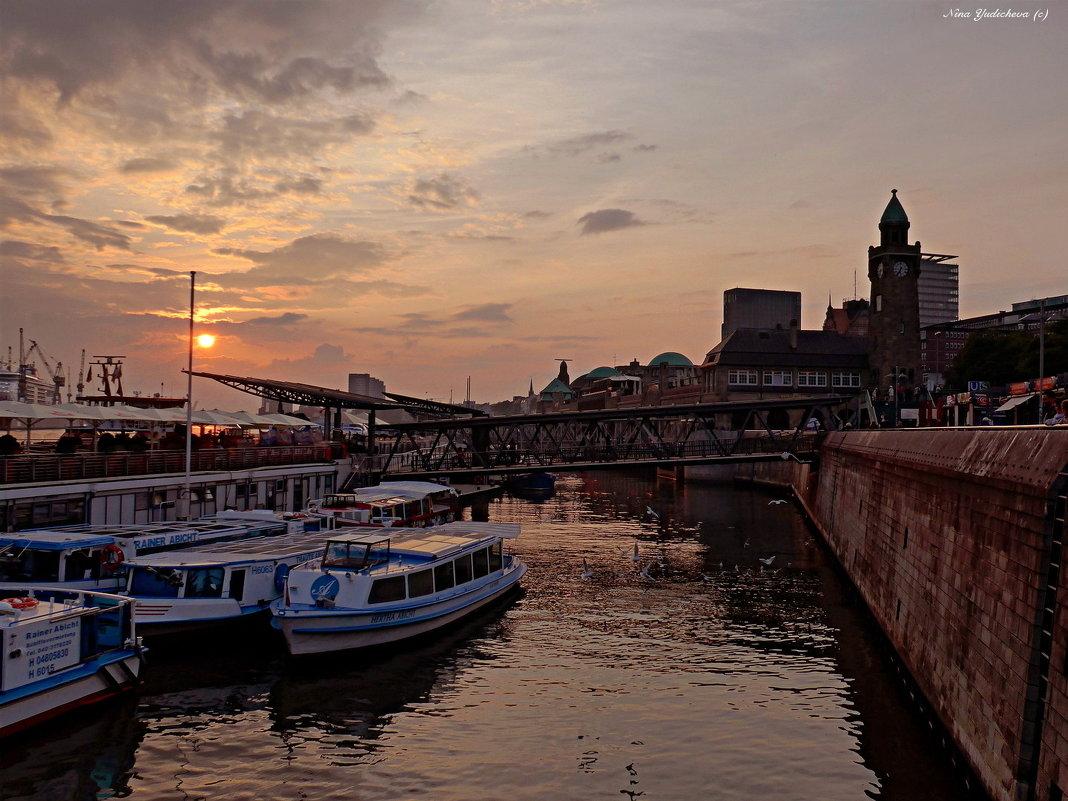 Hamburg. Hafen - Nina Yudicheva