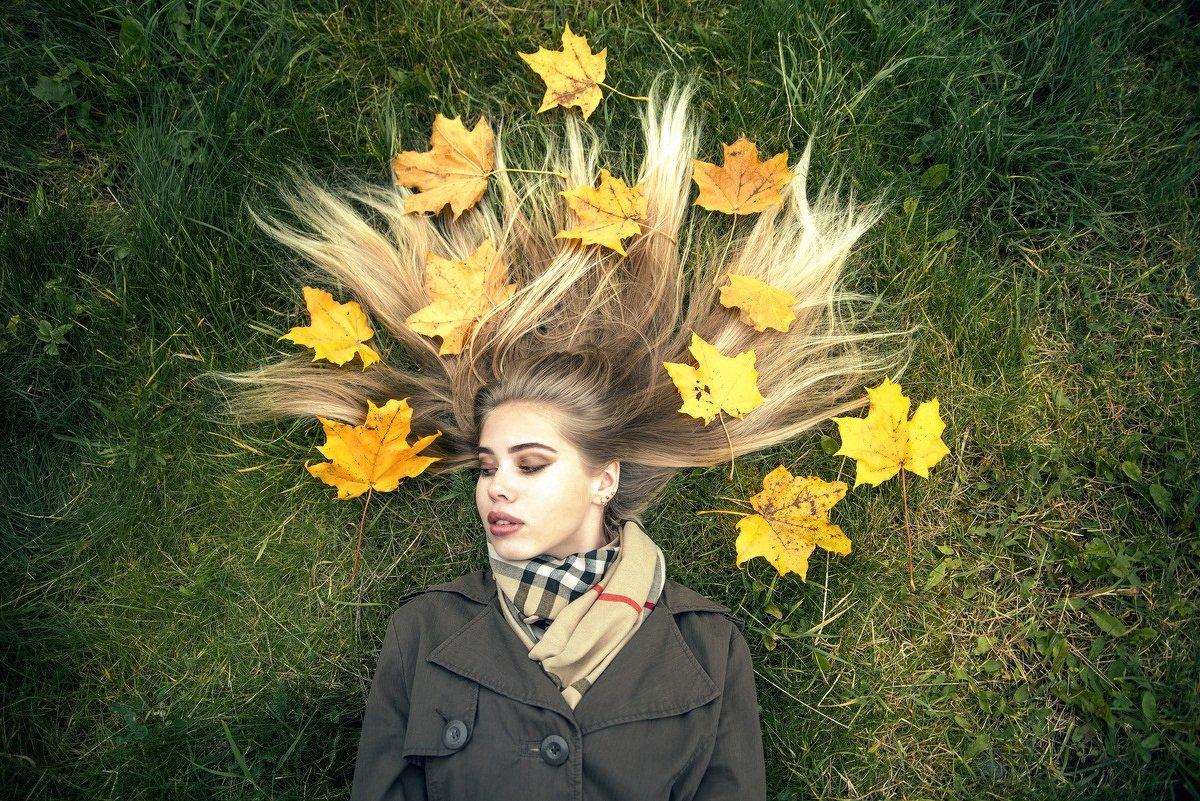 Кленовые листья - Женя Рыжов