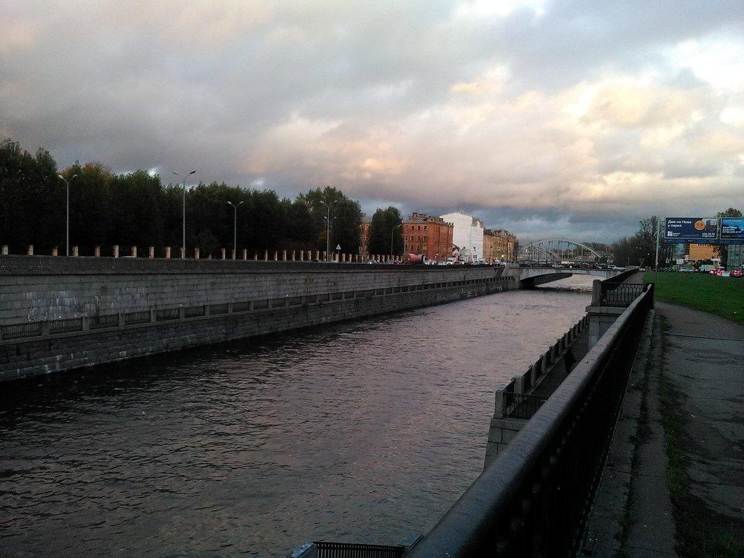 Обводный канал. Перспектива. (Санкт-Петербург). - Светлана Калмыкова