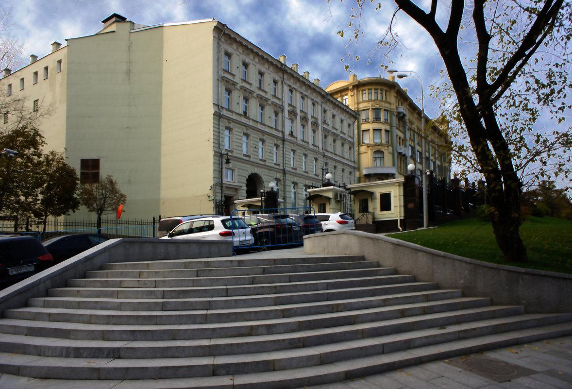 Старая площадь. - Александр Бабаев
