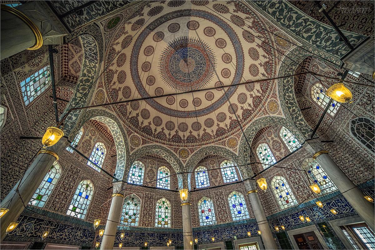 Тюрбе султана Селима II при комплексе Айа София в Стамбуле, архитектор Синан - Ирина Лепнёва