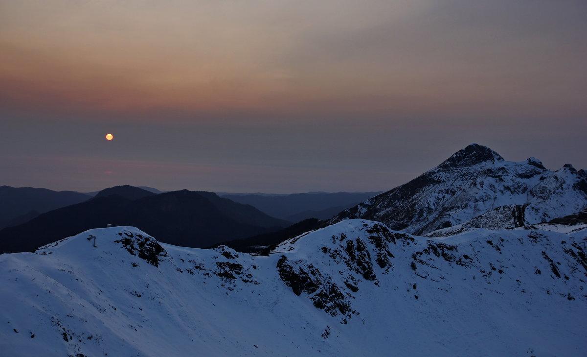Закат в горах - Виолетта