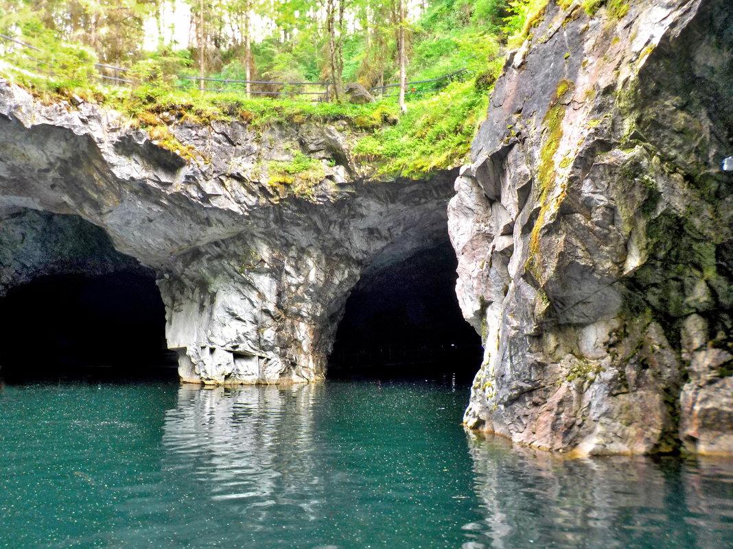 Мраморная пещера.Карелия - Ольга Зубова
