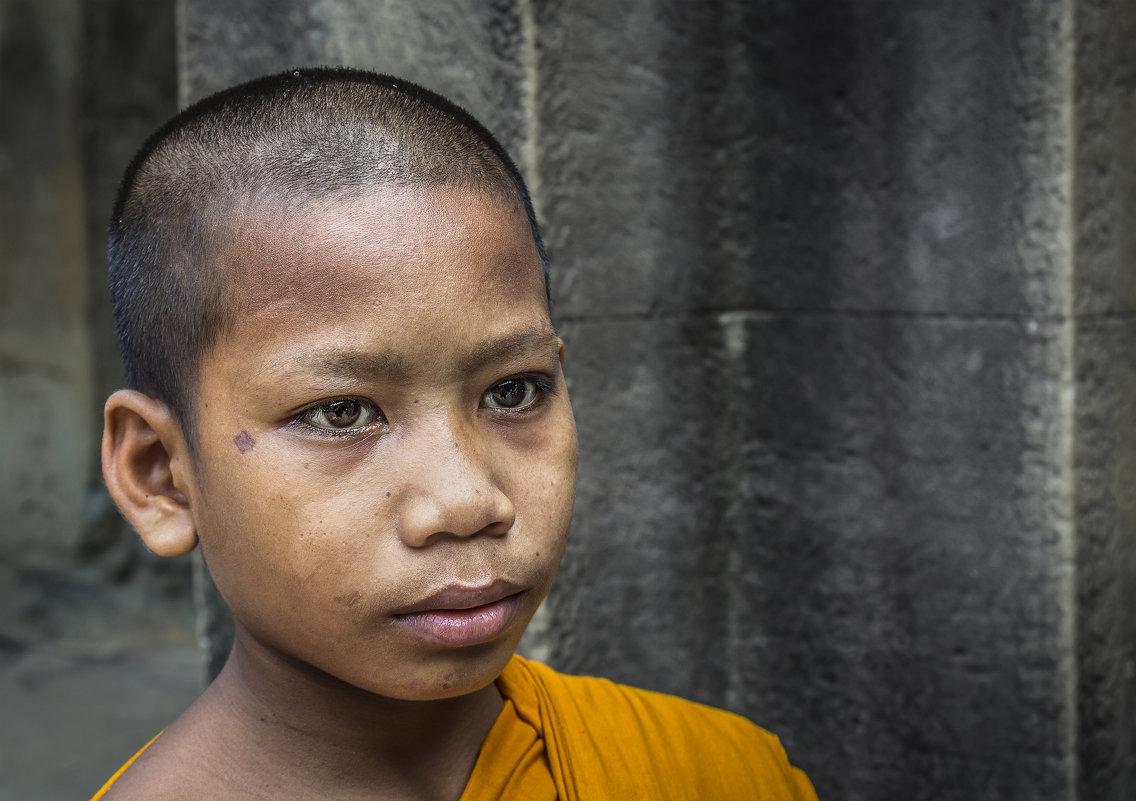 Буддийский монах - подросток... - Cергей Павлович