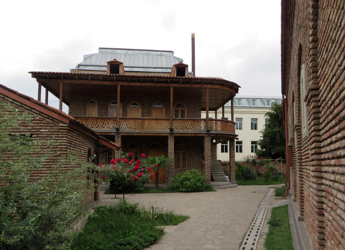 Деревянный дом - Наталья Джикидзе (Берёзина)