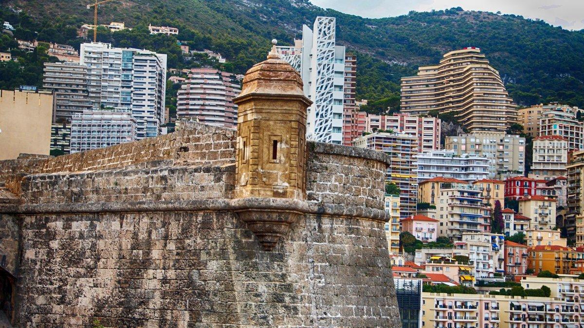 Монако.(2) - Лара ***