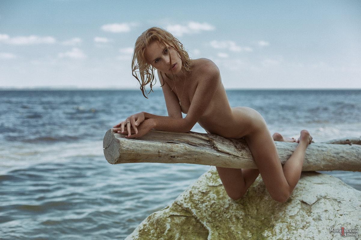 на берегу лета - Леонид Мочульский