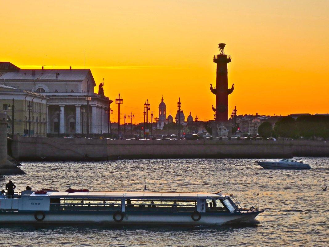 закат над Невой - Елена