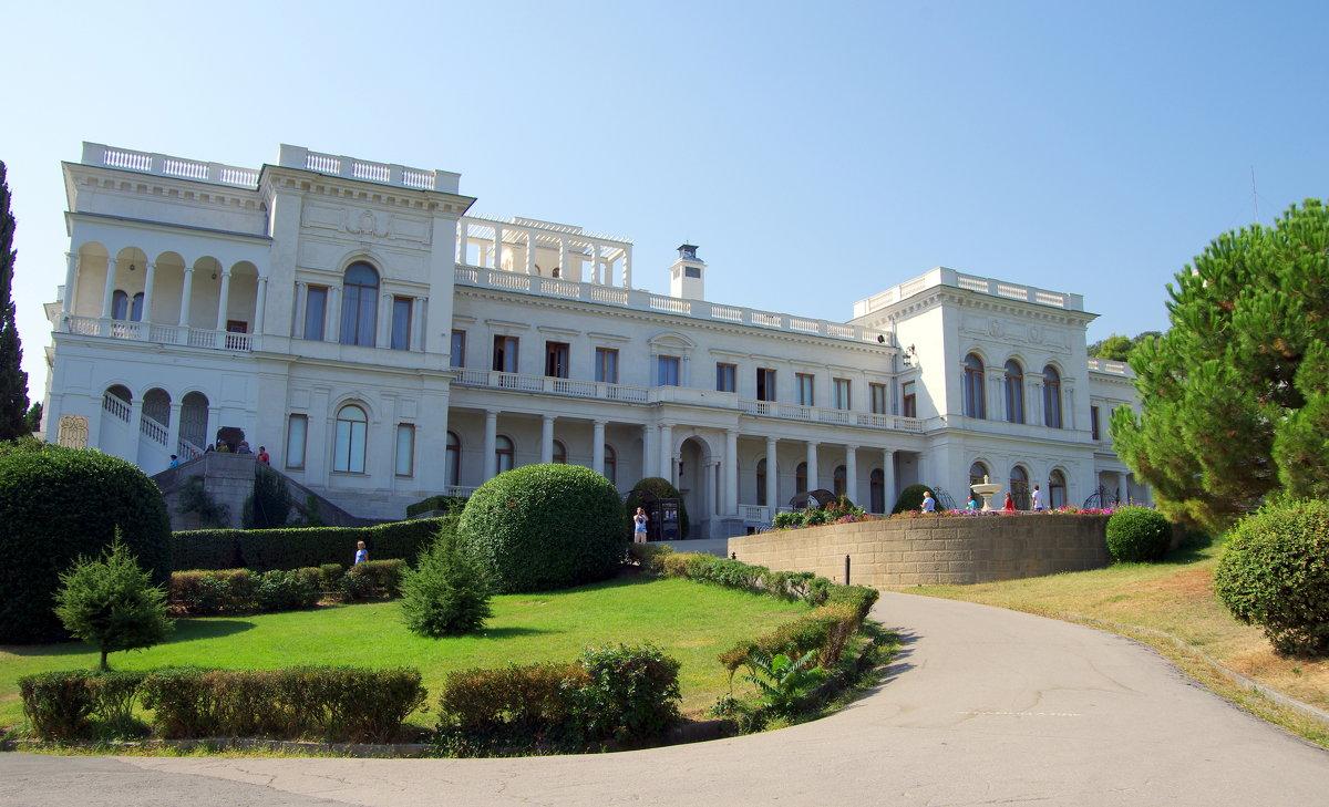 Ливадийский дворец в Крыму - Валерий Новиков