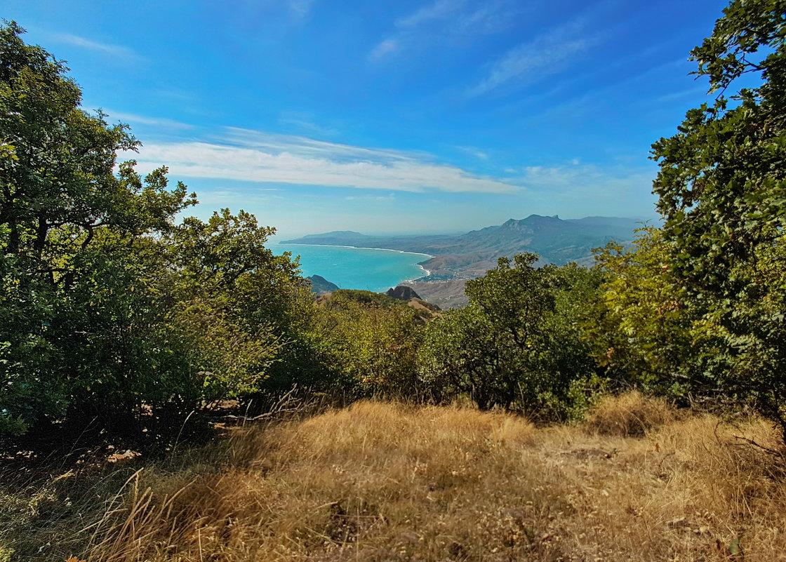 Вид с Горы Святая на Курортное и мыс Меганом - Андрей Зайцев