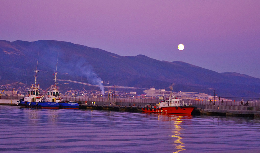 Фиолетовые закаты любимого города - Marika Hexe
