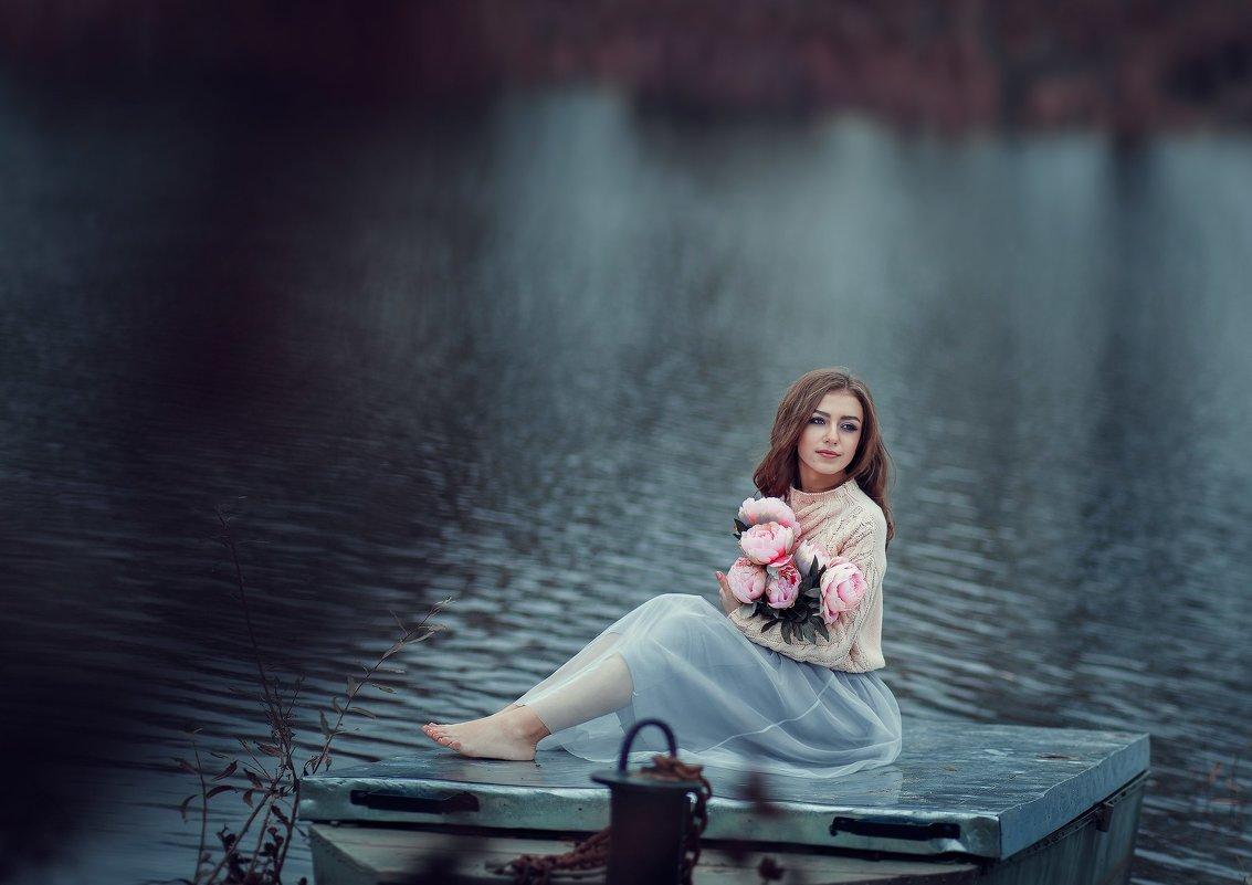 ... - Elena Peshkun