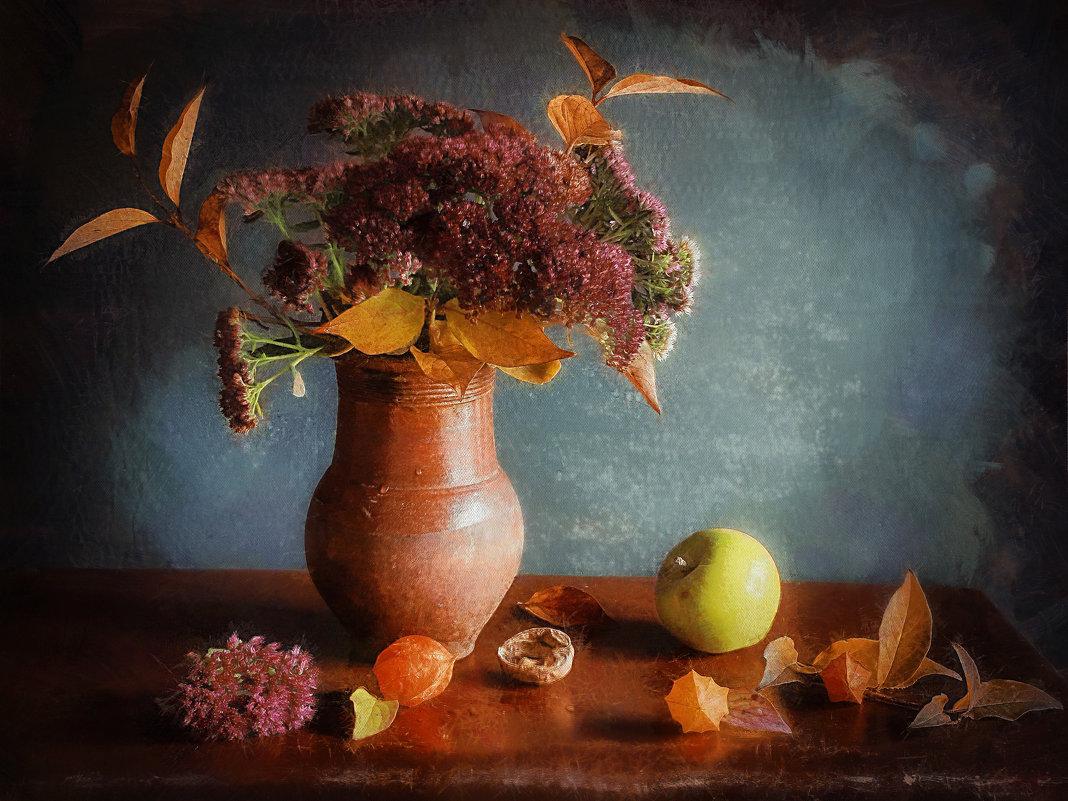 Когда в мой дом приходит осень, Желтеют за окном цветы, Душа от счастья песен просит, О вере, о наде - ALISA LISA
