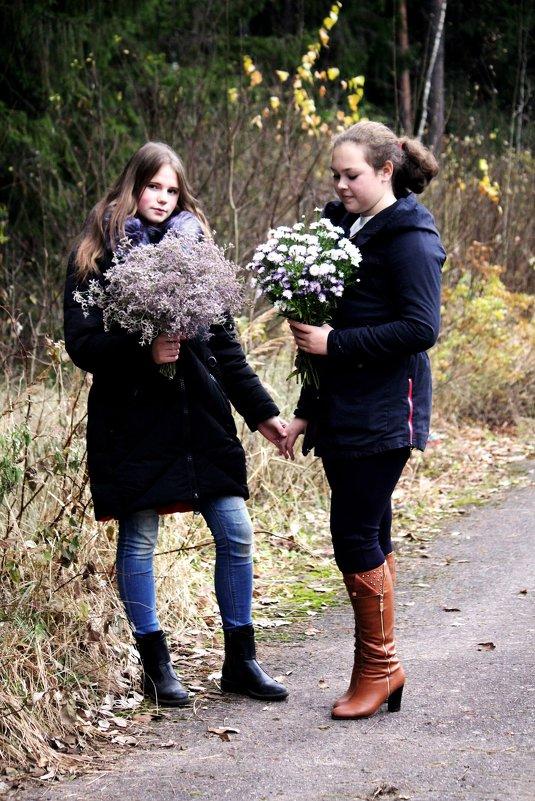 Подружки Алина и Дарья 2 - Виктория