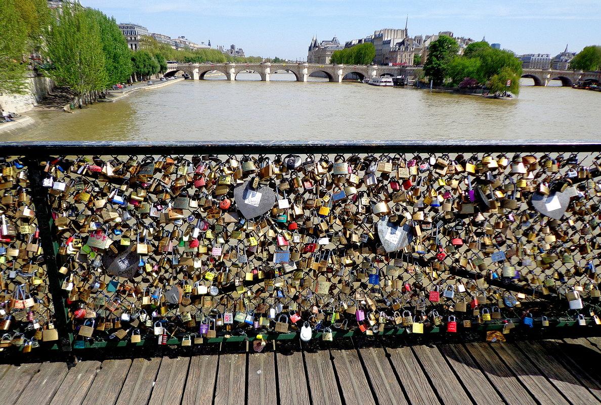 Париж,Мост влюбленных - svetlana.voskresenskaia