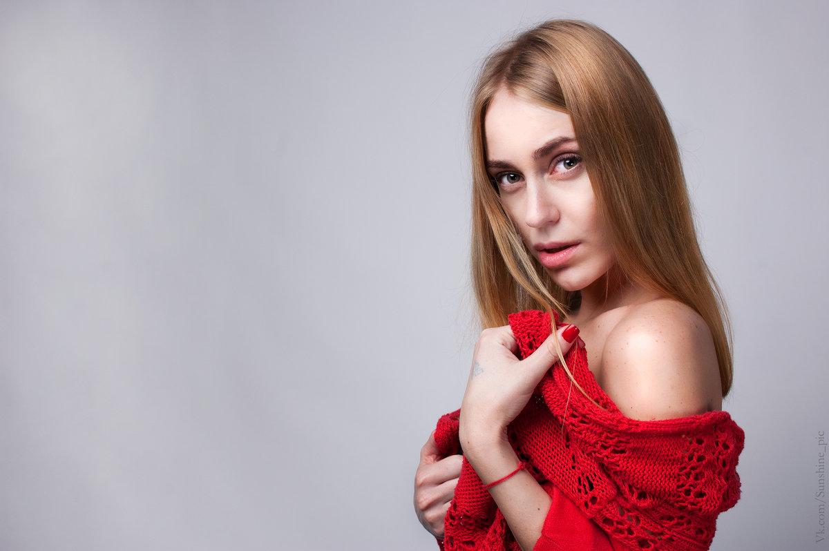 портрет в красном - Alina
