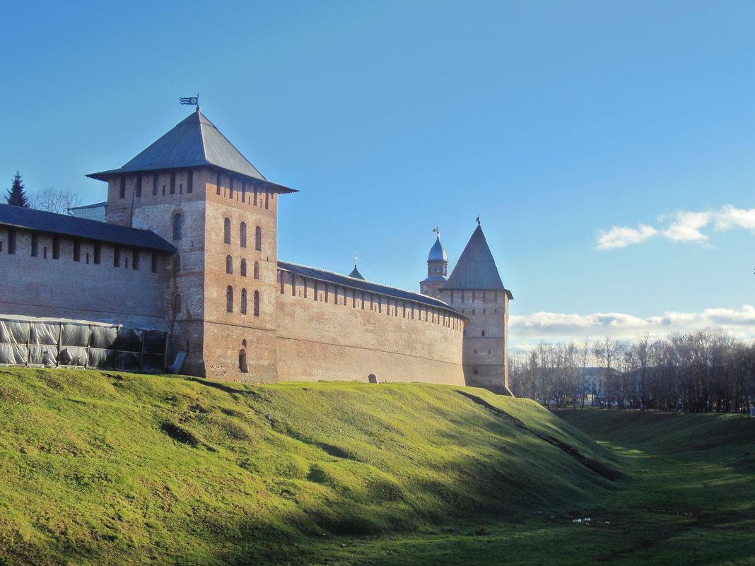 Башни Новгородского Кремля. - Татьяна