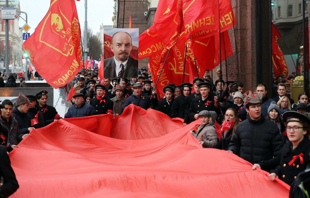 7 ноября - Михаил Бибичков