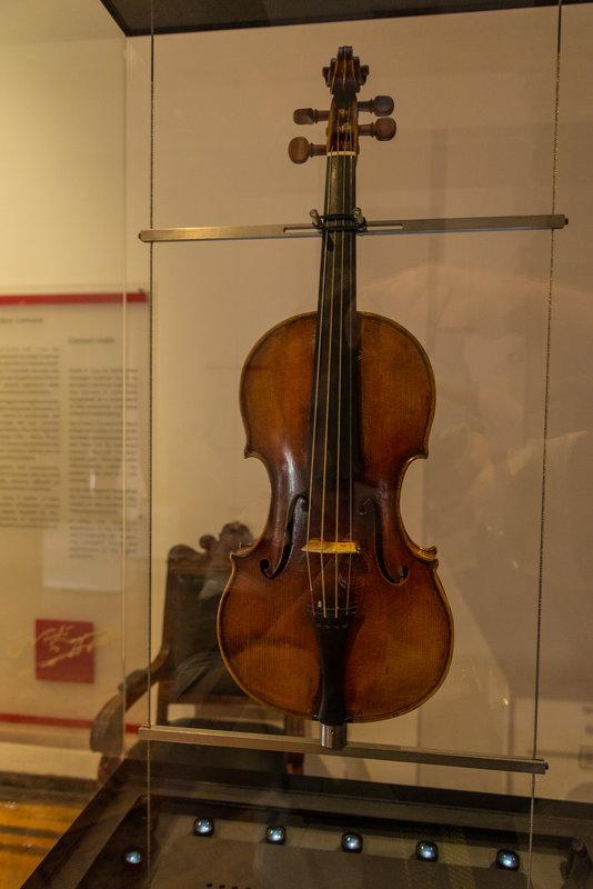 Скрипка Паганини - Владимир Брагилевский