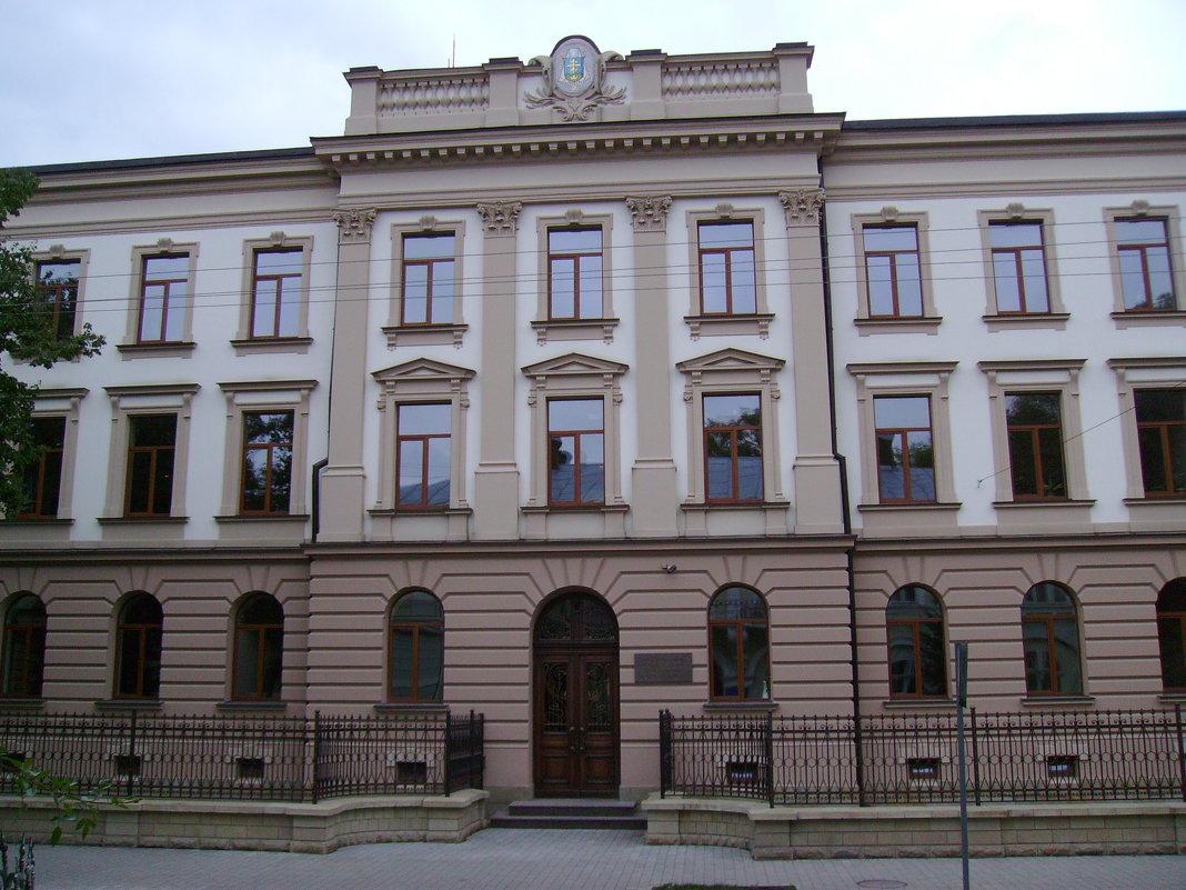 Греко - католическая   школа   в   Ивано - Франковске - Андрей  Васильевич Коляскин