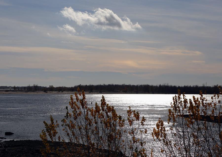 Осенняя река - Alexander Varykhanov