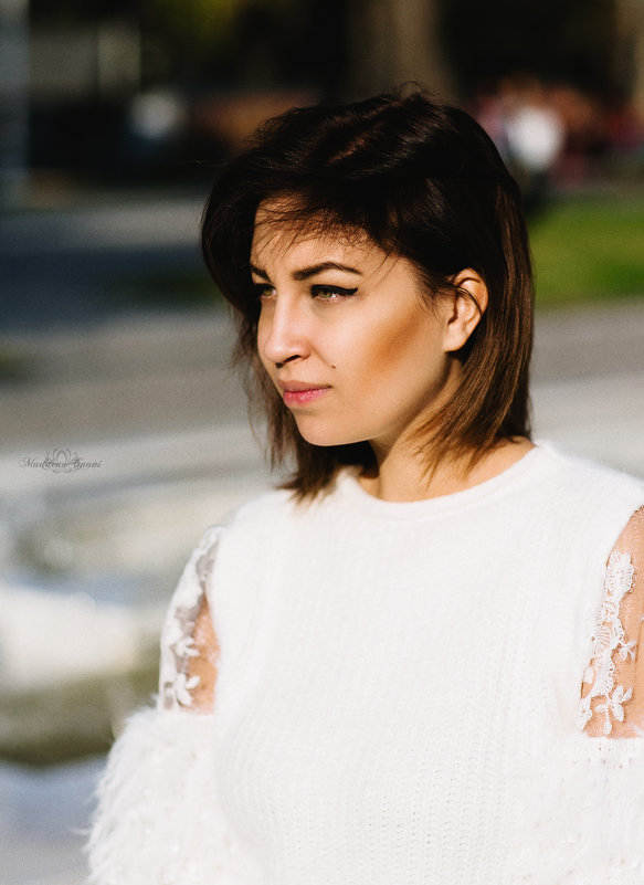 Alex - Maddena Gnani