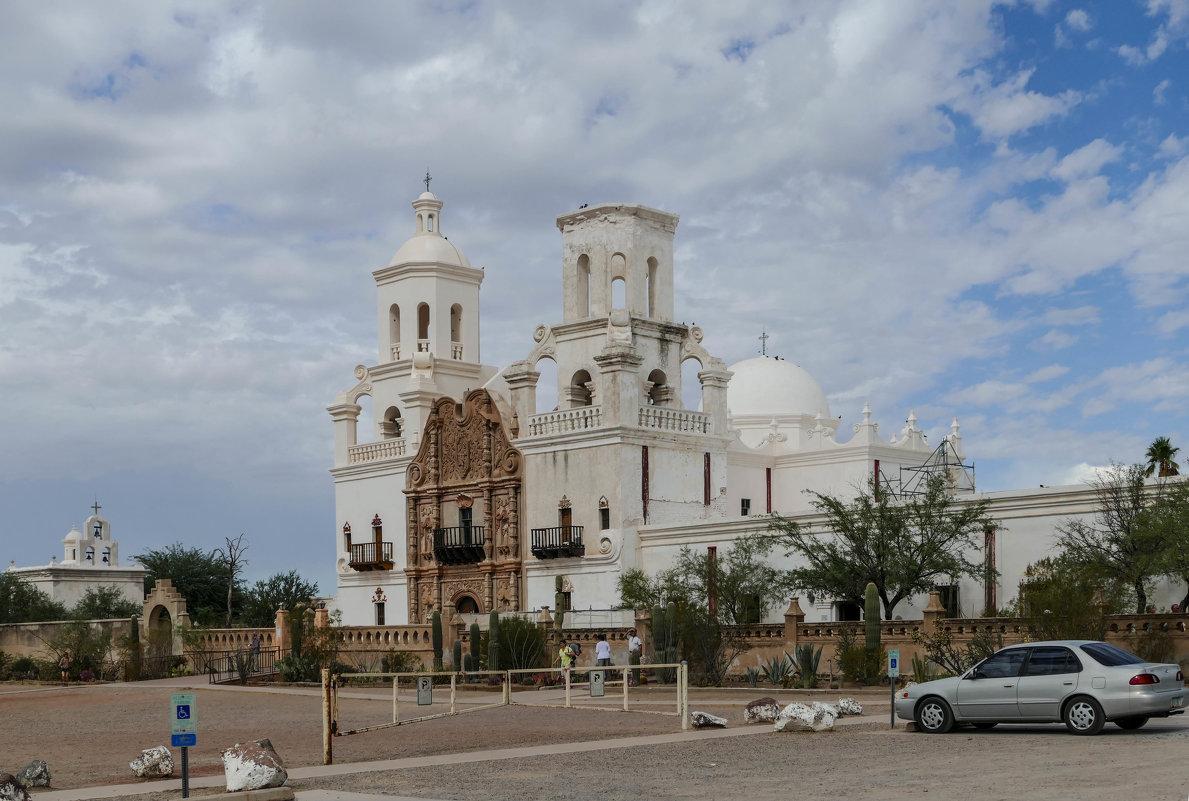 Еще один ракурс! Церковь Св.Франциска Ксаверия (Аризона, США) - Юрий Поляков