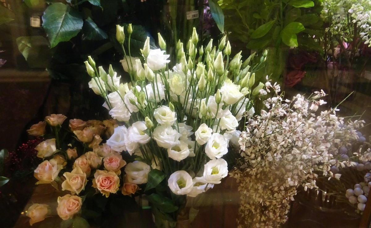 Праздничные цветы - татьяна