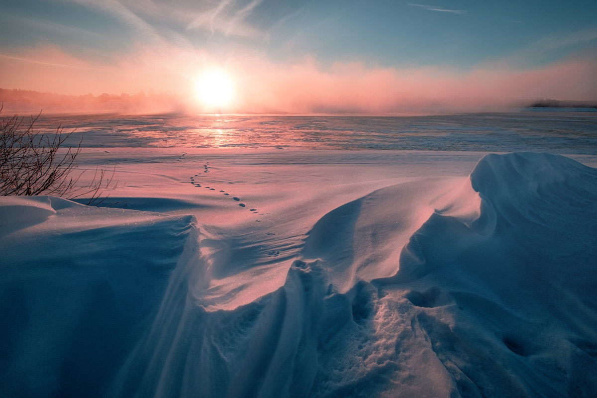 Рассвет на берегу Волги - Fuseboy