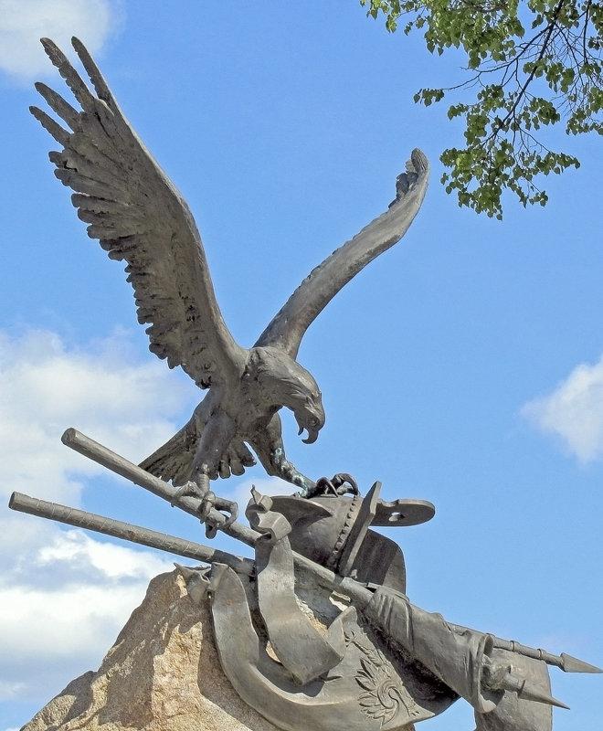 Фрагмент памятника Скопину-Шуйскому - Nikolay Monahov