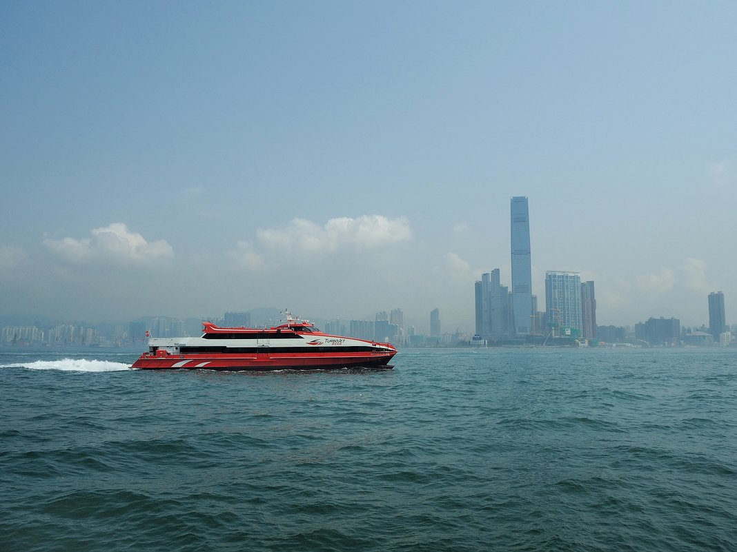 В Макао из Гонконга паромом TurboJet - Swetlana V