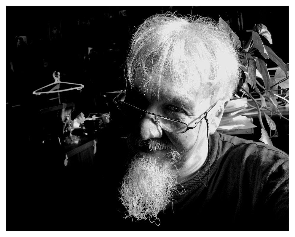 портрет пожилого человека - Михаил Зобов