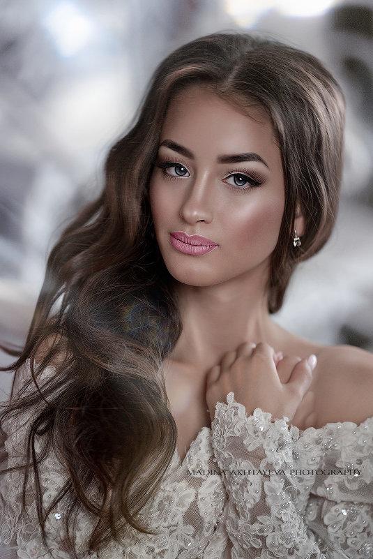 Виктория - Мадина Ахтаева