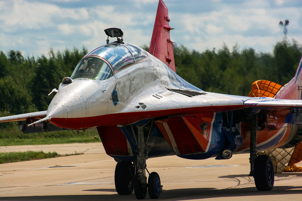 Микоян-Гуревич МиГ-29УБ - Владимир Сырых