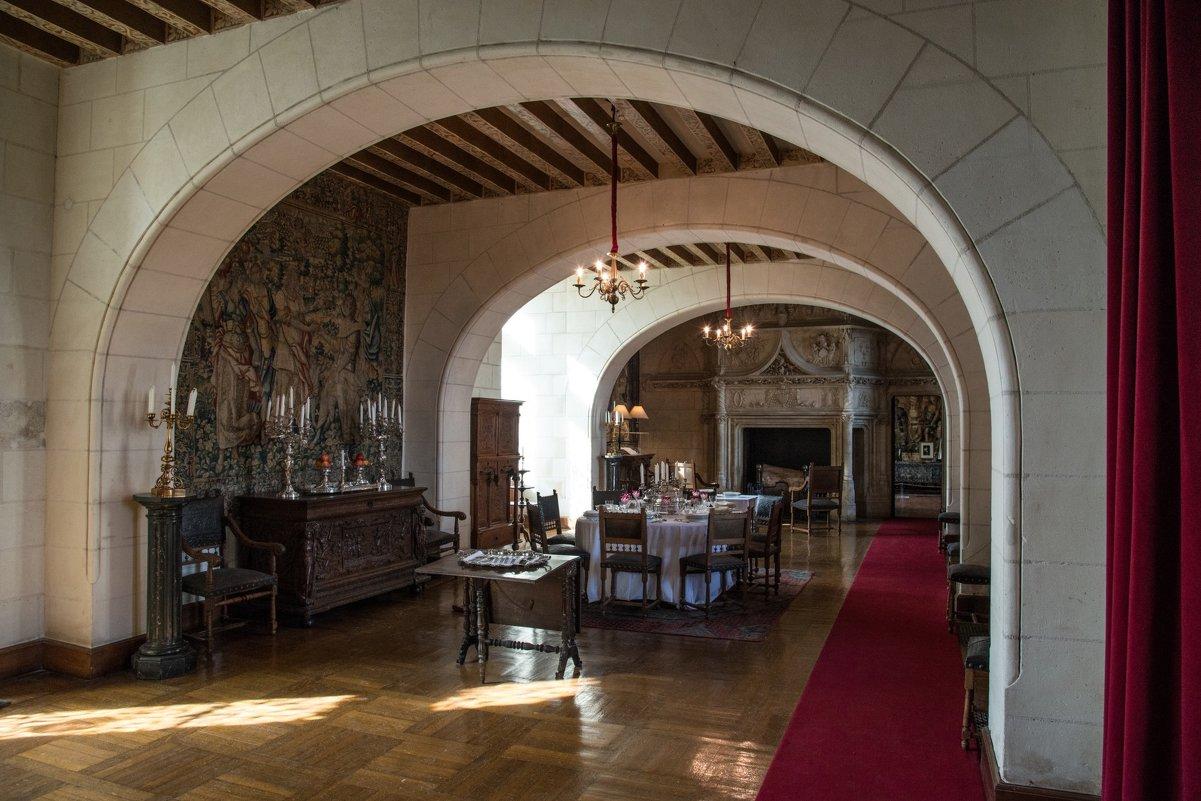 обеденный зал замка Шомон/Луар (Chaumont/Loire) - Георгий А