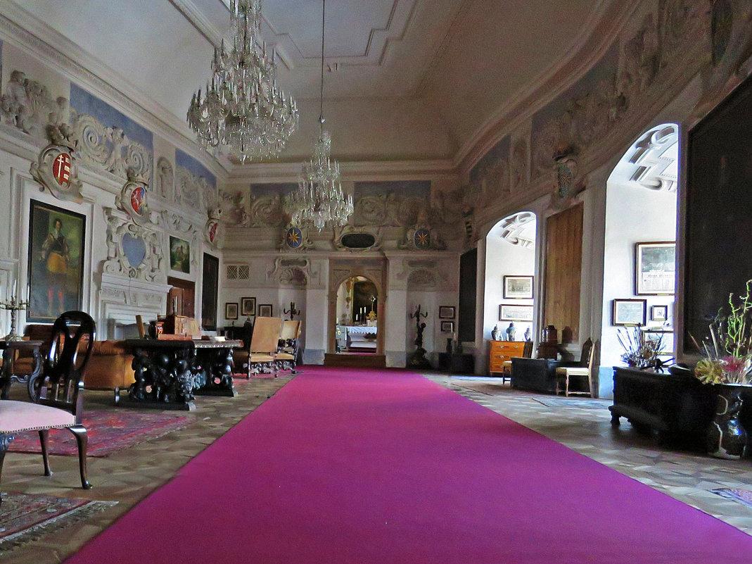 Рыцарский зал замка Штернберк. - ИРЭН@ .