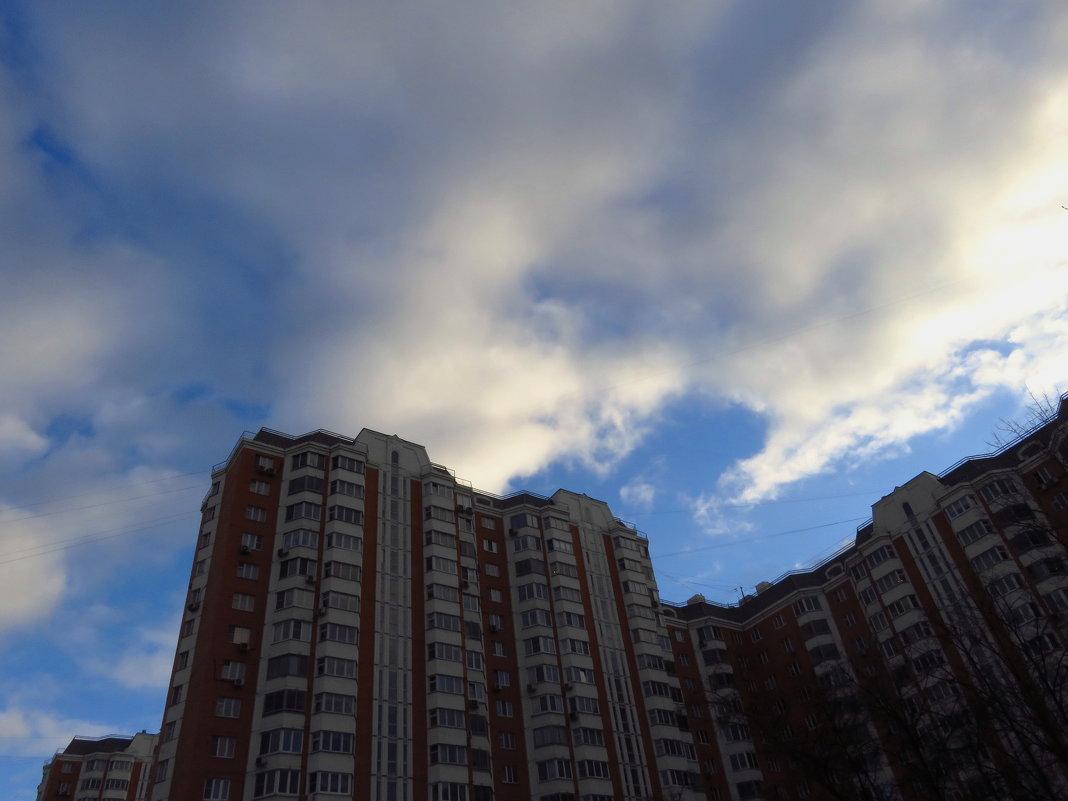 Задирая голову вверх - Андрей Лукьянов