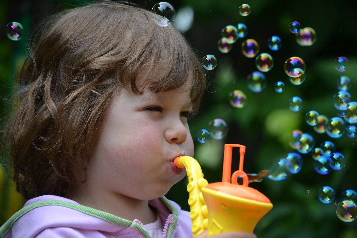 Девчонка и мыльные пузыри - Anna Selezneva