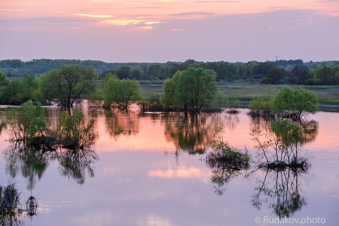 Закат на полой воде - Сергей