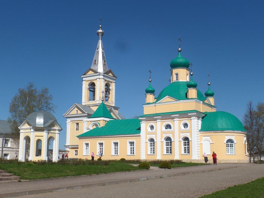 Введено - Оятский монастырь. - Марина Харченкова