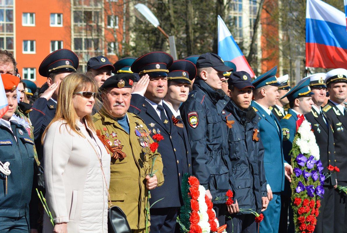 Построение колонны Бессметртного полка - Мария Кузнецова (Суворова)