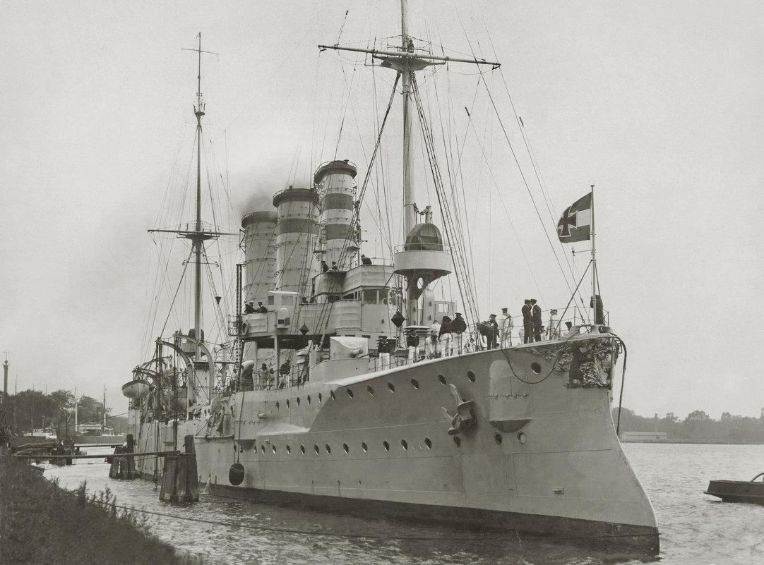 """German light cruiser """"SMS Berlin"""". - Александр"""